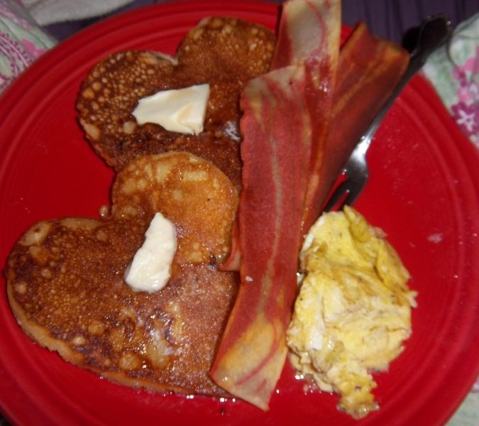 Mother's Day {Breakfast in Bed} | A Virtuous Woman