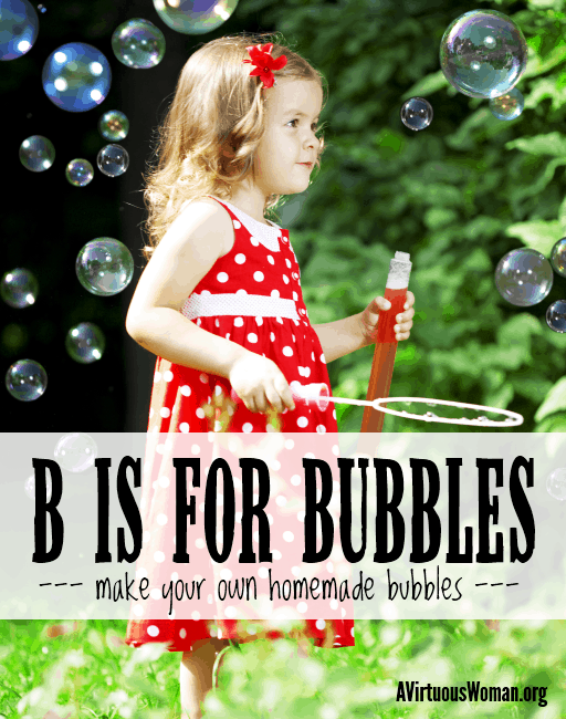 Have fun this #summer with this easy homemade bubbles recipe! @ AVirtuousWoman.org