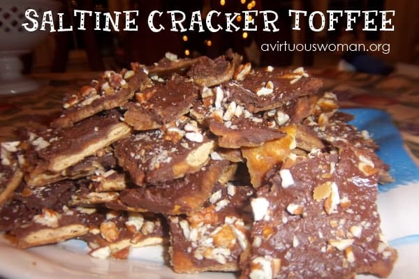 Saltine Cracker Toffee @ AVirtuousWoman.org