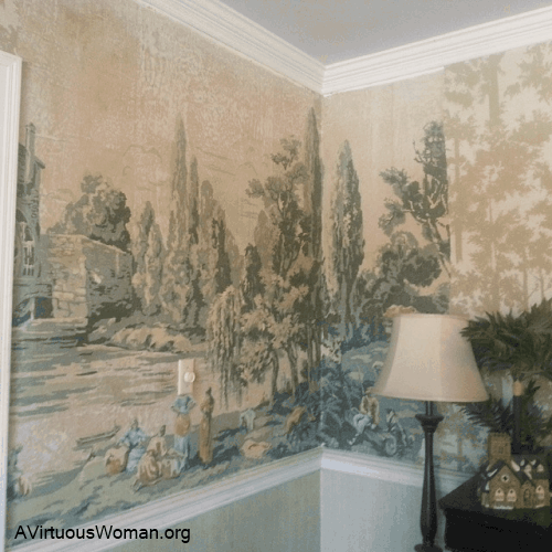 Melissa's dining room wallpaper discovery @ AVirtuousWoman.org