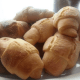 Simple Homemade Crescent Rolls @ AVirtuousWoman.org