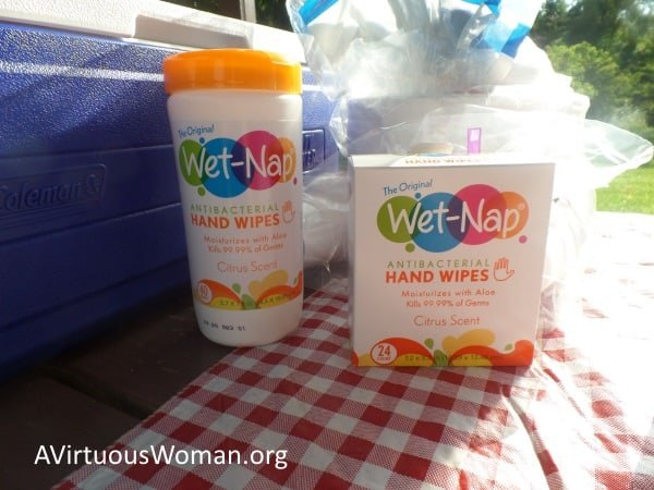 Free Printable Car Camping Essentials Checkist @ AVirtuousWoman.org #ad #pmedia #showusyourmess