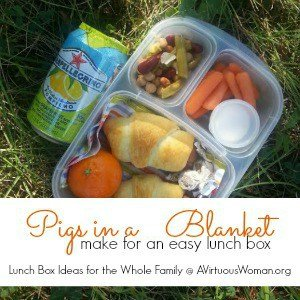 Pigs in a Blanket {Easy Lunch Box}