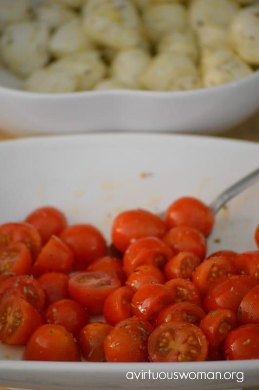 Mini Caprese Salad Bites @ AVirtuousWoman.org