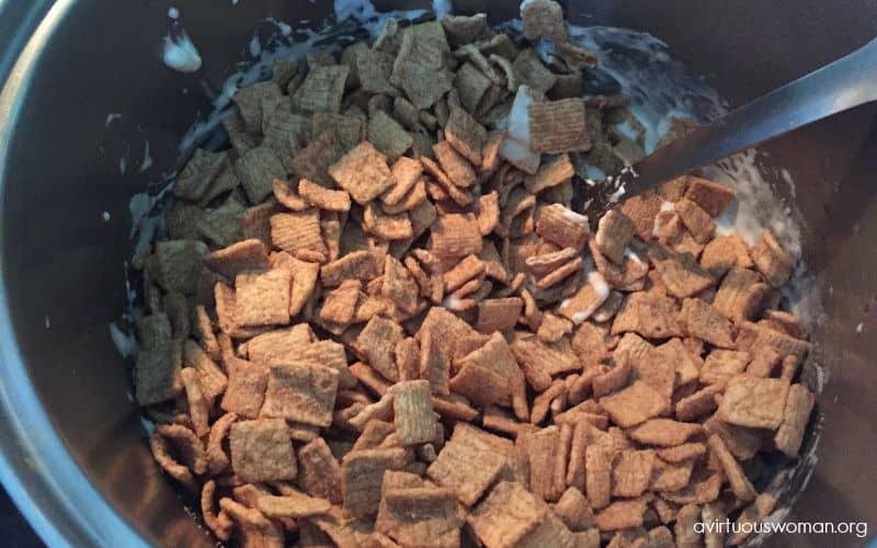 Cinnamon Toast Crunch Marshmallow Treats @ AVirtuousWoman.org