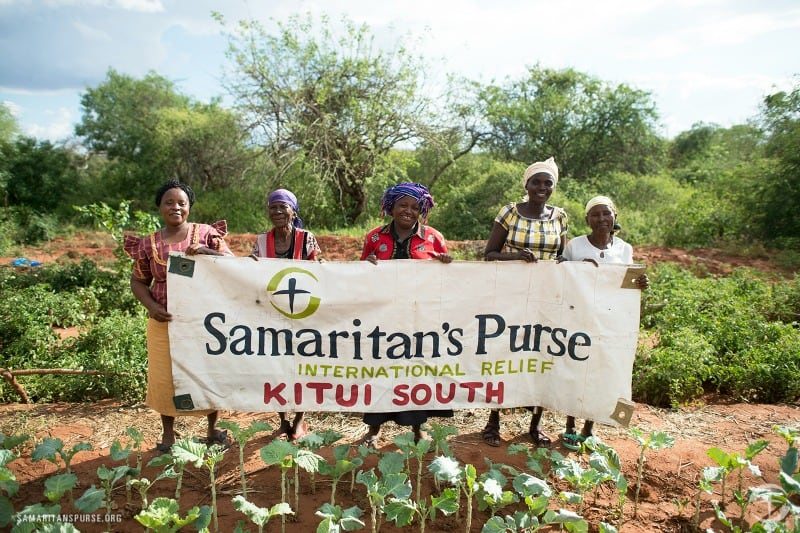 It's so easy to give a meaningful gift with Samaritan's Purse Gift Catalog! @ AVirtuousWoman.org