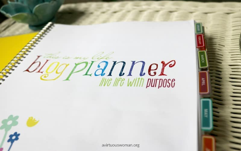 Download this Free Blog Planner @ AVirtuousWoman.org