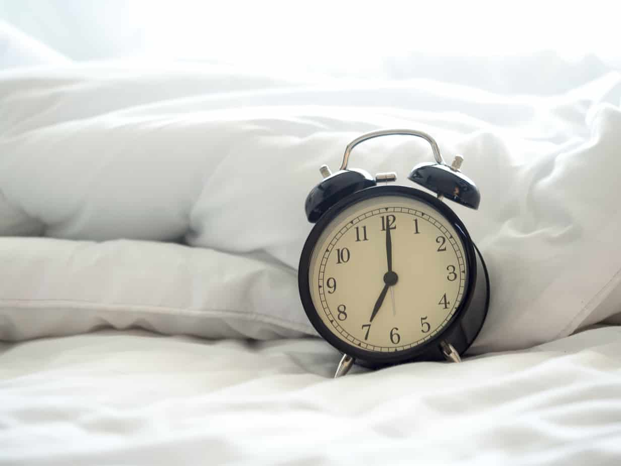 5 Things to Do in the Evenings to Make Mornings Easier