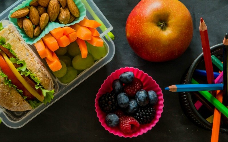 6 Reasons to Let Your Child Pack Their Own Lunch