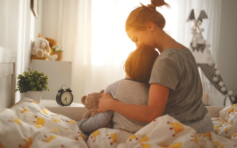 5 Daily Habits that Make Moms Life Easier @ AVirtuousWoman.org