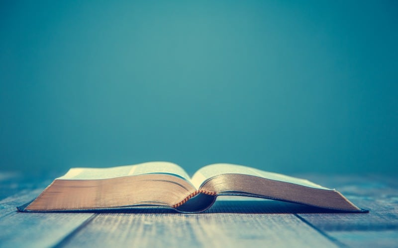 Memorizing Scripture | 5 Tips for How to Memorize Scripture + Why It's Important @ AVirtuousWoman.org