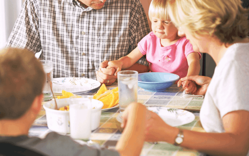 How to Feed Your Family Well @ AVirtuousWoman.org