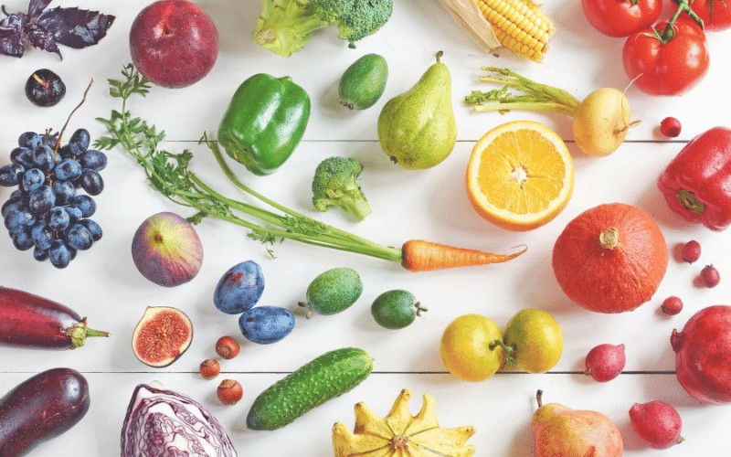 Think about the rainbow when menu planning for the week. @ AVirtuousWoman.org