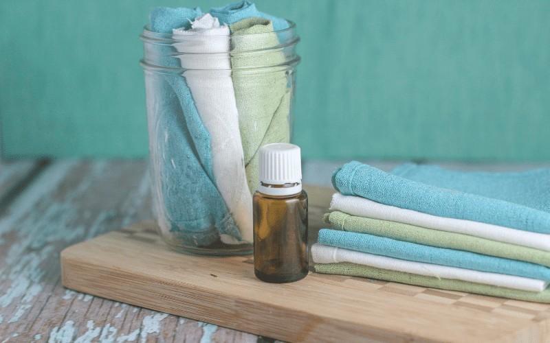 How to Make Homemade Reusable Dryer Sheets
