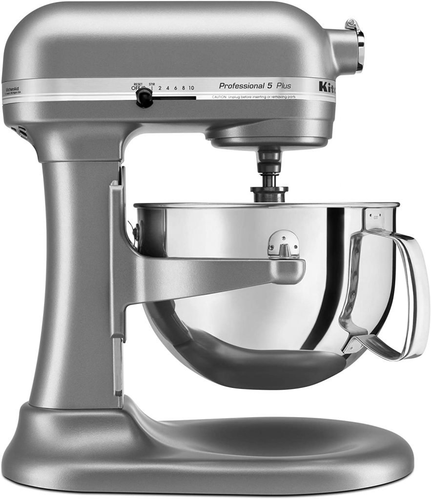How to Clean Your KitchenAid Mixer @ AVirtuousWoman.org